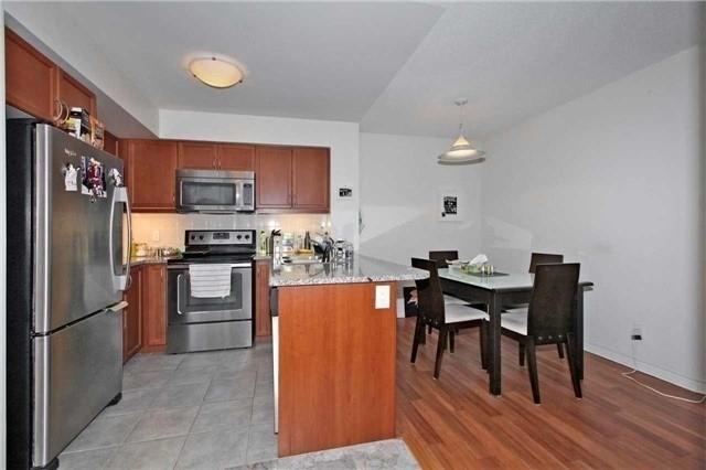 Condo Apartment at 19 Grand Trunk Cres, Unit 801, Toronto, Ontario. Image 3