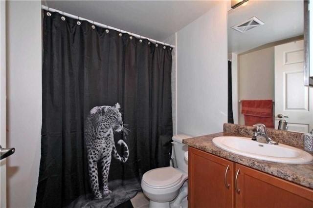 Condo Apartment at 19 Grand Trunk Cres, Unit 801, Toronto, Ontario. Image 8