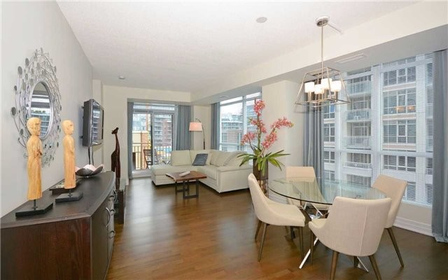 Condo Apartment at 628 Fleet St, Unit 424, Toronto, Ontario. Image 12