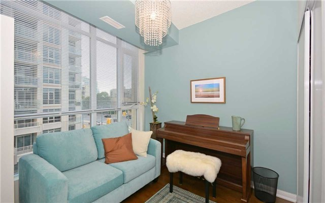 Condo Apartment at 628 Fleet St, Unit 424, Toronto, Ontario. Image 18