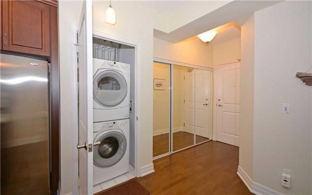 Condo Apartment at 628 Fleet St, Unit 424, Toronto, Ontario. Image 20