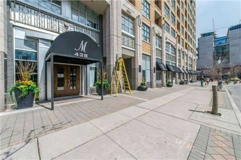 Condo Apartment at 438 Richmond St W, Unit 907, Toronto, Ontario. Image 1