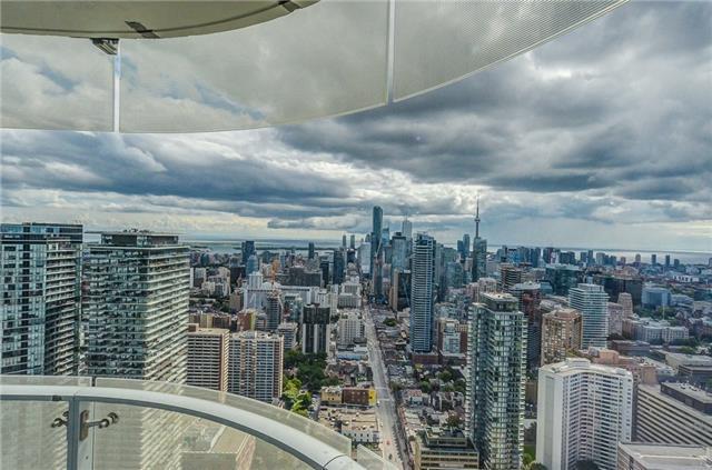 Condo Apartment at 1 Bloor St E, Unit 4506, Toronto, Ontario. Image 12