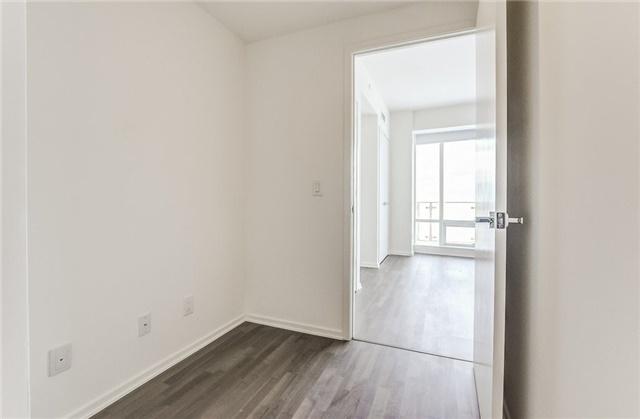 Condo Apartment at 1 Bloor St E, Unit 4506, Toronto, Ontario. Image 15