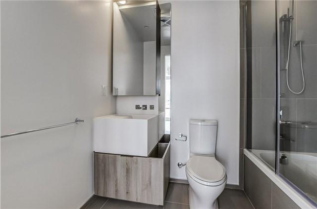 Condo Apartment at 1 Bloor St E, Unit 4506, Toronto, Ontario. Image 8