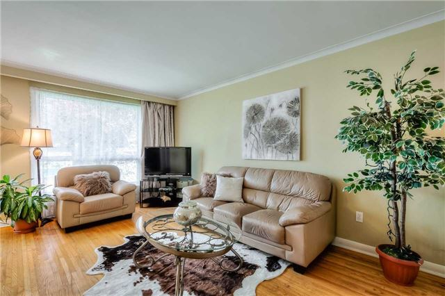 Detached at 109 Goulding Ave, Toronto, Ontario. Image 14