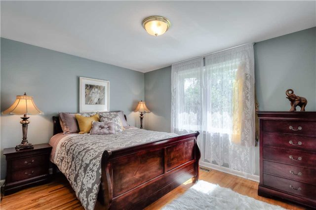 Detached at 109 Goulding Ave, Toronto, Ontario. Image 2