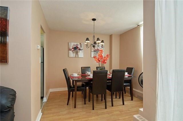 Condo Apartment at 5 Vicora Linkway Way, Unit 1103, Toronto, Ontario. Image 11