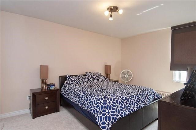 Condo Apartment at 5 Vicora Linkway Way, Unit 1103, Toronto, Ontario. Image 16