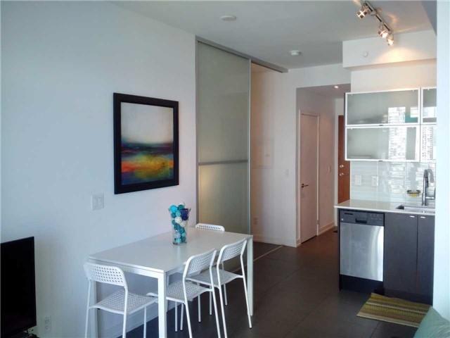 Condo Apartment at 170 Fort York Blvd, Unit 2705, Toronto, Ontario. Image 4