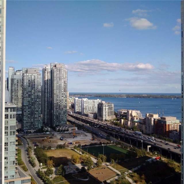 Condo Apartment at 170 Fort York Blvd, Unit 2705, Toronto, Ontario. Image 6