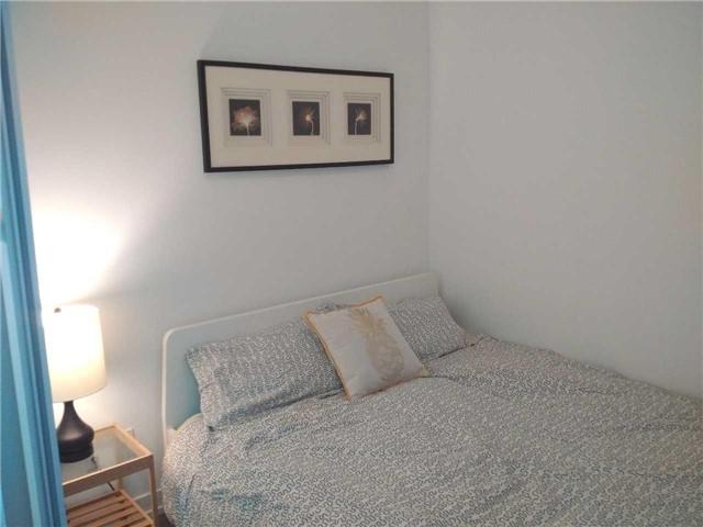 Condo Apartment at 170 Fort York Blvd, Unit 2705, Toronto, Ontario. Image 8