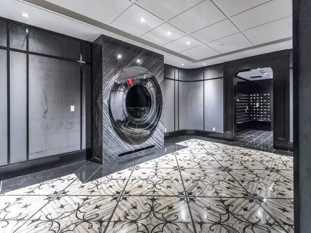 Condo Apartment at 88 Blue Jays Way, Unit 3109, Toronto, Ontario. Image 12
