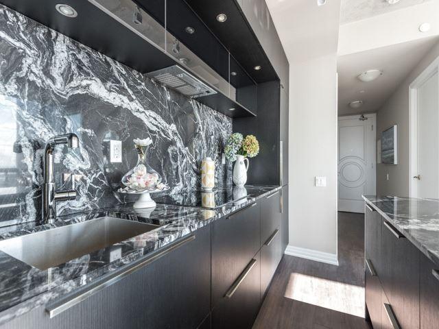 Condo Apartment at 88 Blue Jays Way, Unit 3109, Toronto, Ontario. Image 19