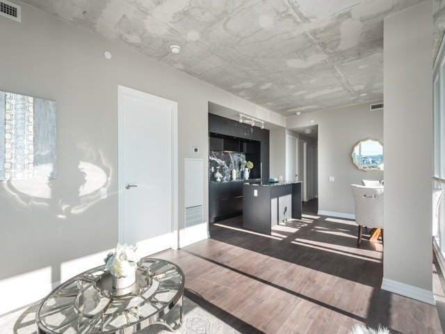 Condo Apartment at 88 Blue Jays Way, Unit 3109, Toronto, Ontario. Image 5