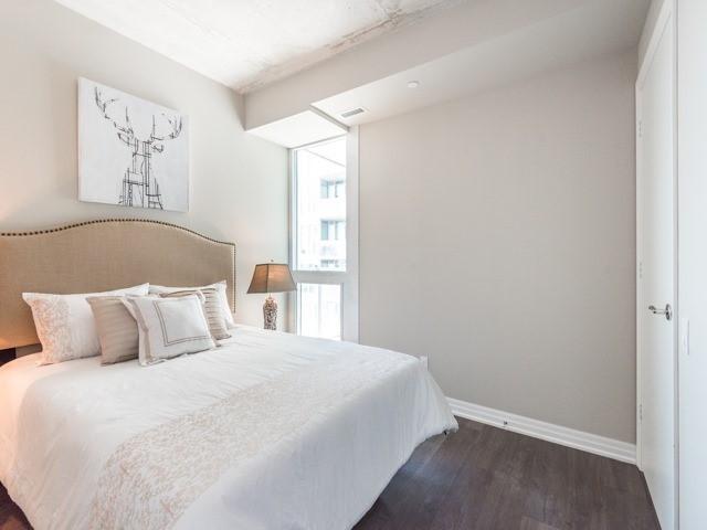 Condo Apartment at 88 Blue Jays Way, Unit 3109, Toronto, Ontario. Image 6