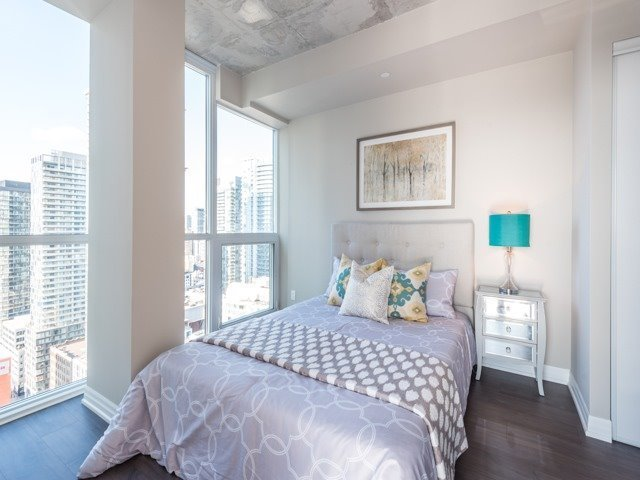 Condo Apartment at 88 Blue Jays Way, Unit 3109, Toronto, Ontario. Image 8