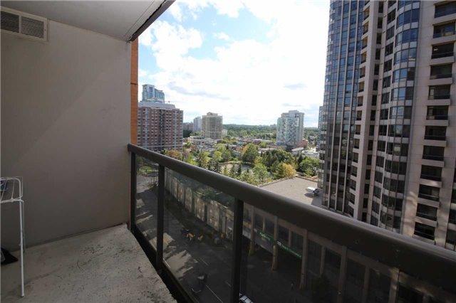Condo Apartment at 880 Grandview Way, Unit 1108, Toronto, Ontario. Image 4