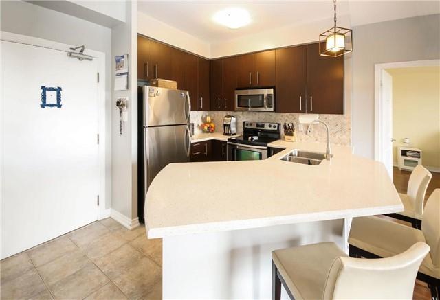 Condo Apartment at 872 Sheppard Ave W, Unit 708, Toronto, Ontario. Image 5