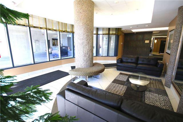 Condo Apartment at 872 Sheppard Ave W, Unit 708, Toronto, Ontario. Image 3