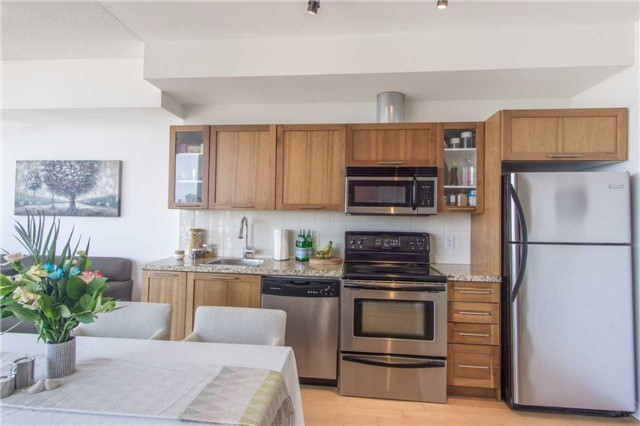 Condo Apartment at 33 Mill St, Unit 2308, Toronto, Ontario. Image 17