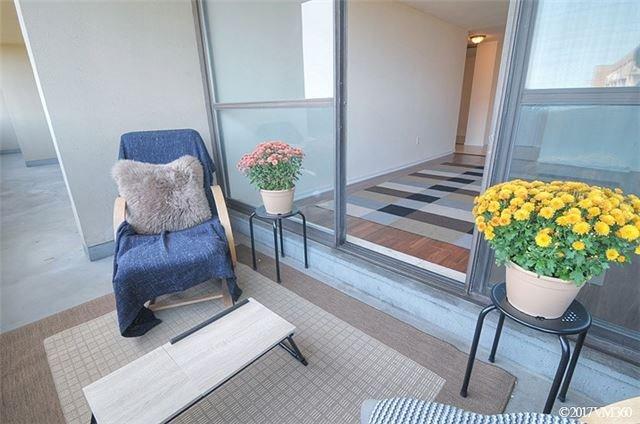 Condo Apartment at 100 Canyon Ave, Unit 1007, Toronto, Ontario. Image 15