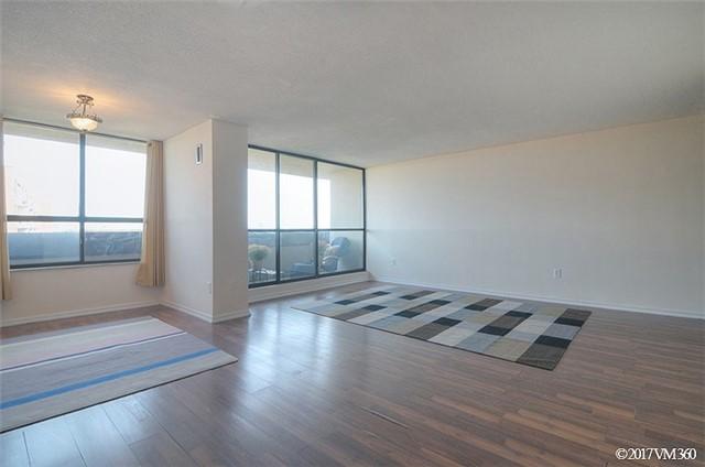 Condo Apartment at 100 Canyon Ave, Unit 1007, Toronto, Ontario. Image 18