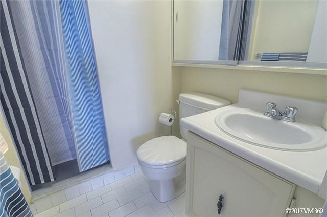 Condo Apartment at 100 Canyon Ave, Unit 1007, Toronto, Ontario. Image 6
