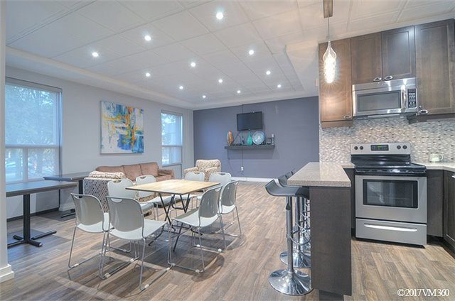 Condo Apartment at 100 Canyon Ave, Unit 1007, Toronto, Ontario. Image 10