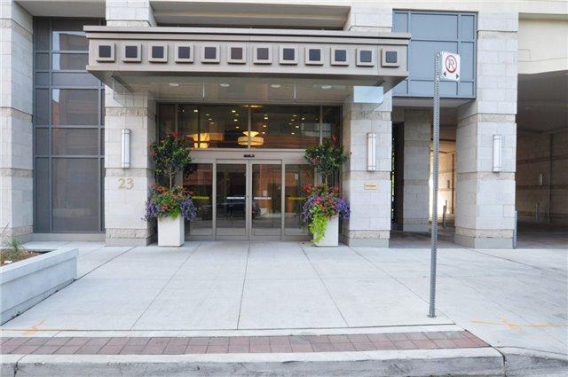 Condo Apartment at 23 Glebe Rd W, Unit 819, Toronto, Ontario. Image 6