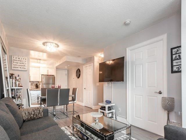 Condo Apartment at 15 Greenview Ave, Unit 2101, Toronto, Ontario. Image 11