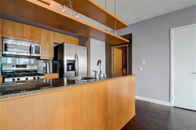 Condo Apartment at 5 Mariner Terr, Unit 3801, Toronto, Ontario. Image 18
