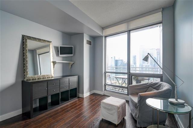 Condo Apartment at 5 Mariner Terr, Unit 3801, Toronto, Ontario. Image 6
