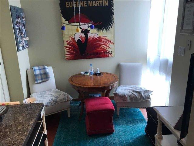 Condo Apartment at 278 Bloor St E, Unit 902, Toronto, Ontario. Image 3