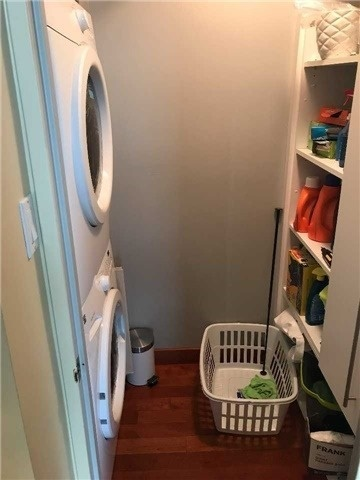Condo Apartment at 278 Bloor St E, Unit 902, Toronto, Ontario. Image 6
