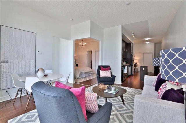 Condo Apartment at 112 George St, Unit 717, Toronto, Ontario. Image 11