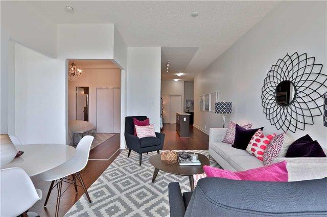 Condo Apartment at 112 George St, Unit 717, Toronto, Ontario. Image 13