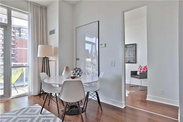 Condo Apartment at 112 George St, Unit 717, Toronto, Ontario. Image 14