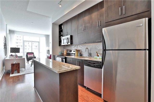 Condo Apartment at 112 George St, Unit 717, Toronto, Ontario. Image 15
