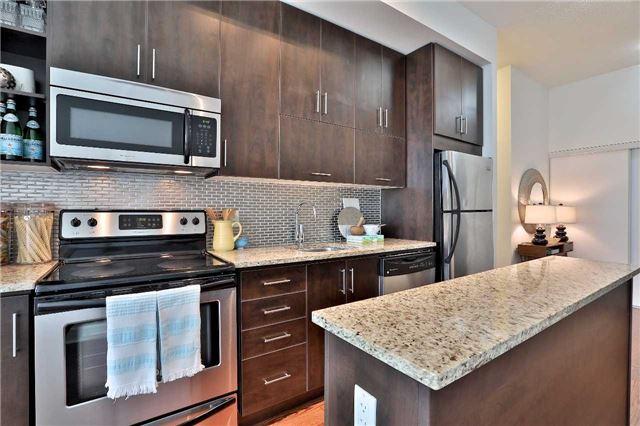 Condo Apartment at 112 George St, Unit 717, Toronto, Ontario. Image 17
