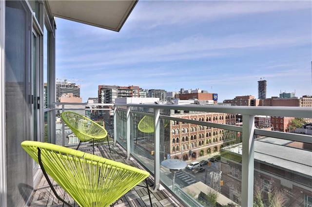 Condo Apartment at 112 George St, Unit 717, Toronto, Ontario. Image 8