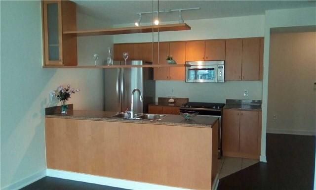 Condo Apartment at 10 Navy Wharf Crt, Unit 3009, Toronto, Ontario. Image 15