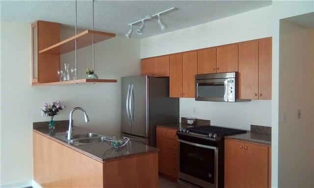 Condo Apartment at 10 Navy Wharf Crt, Unit 3009, Toronto, Ontario. Image 17