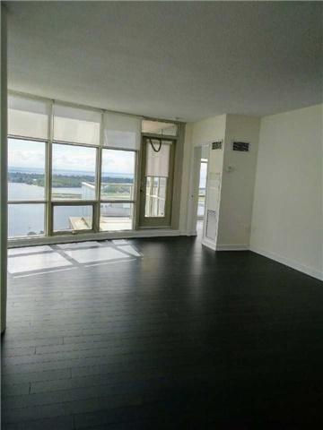 Condo Apartment at 10 Navy Wharf Crt, Unit 3009, Toronto, Ontario. Image 18
