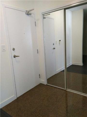 Condo Apartment at 10 Navy Wharf Crt, Unit 3009, Toronto, Ontario. Image 19
