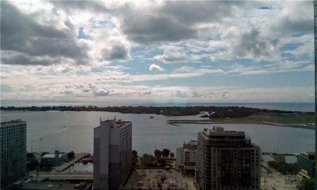 Condo Apartment at 10 Navy Wharf Crt, Unit 3009, Toronto, Ontario. Image 5
