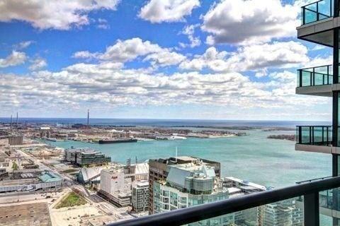 Condo Apartment at 33 Bay St, Unit 4604, Toronto, Ontario. Image 2