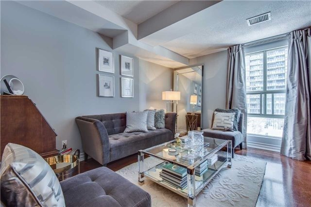 Condo Apartment at 88 Charles St E, Unit 702, Toronto, Ontario. Image 15