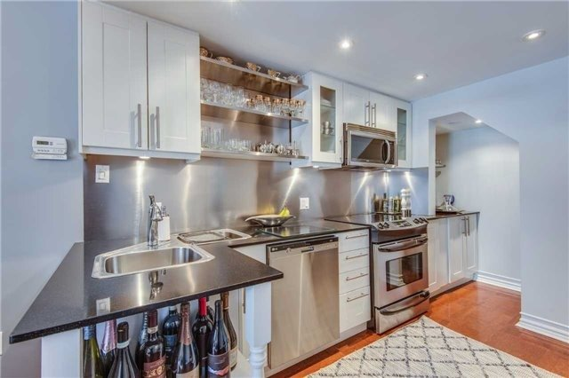 Condo Apartment at 88 Charles St E, Unit 702, Toronto, Ontario. Image 20