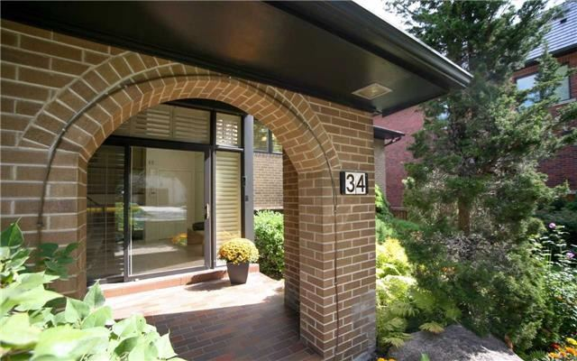 Detached at 34 Medalist Rd, Toronto, Ontario. Image 11